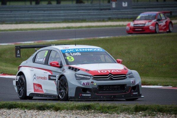 Sébastien Loeb počas kvalifikácie WTCC na Slovakia Ringu.