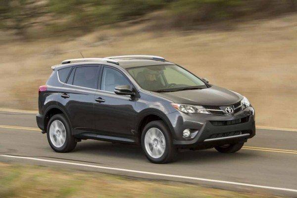 Nová Toyota RAV4 má karosériu postavenú podľa koncepcie viacnásobného rozdelenie zaťaženia tak, aby získala maximálne hodnotenie Euro NCAP.