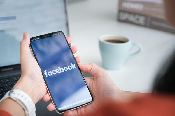 Nie je jasné, ako by za daných podmienok mohli byť poskytované služby Facebooku a Instagramu v Európskej únii, tvrdí Facebook.
