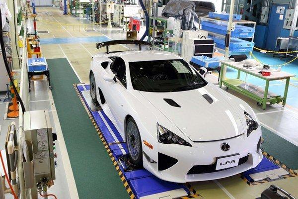 Napriek vysokej cene si každý z 500 kusov modelu LF-A našiel svojho majiteľa.