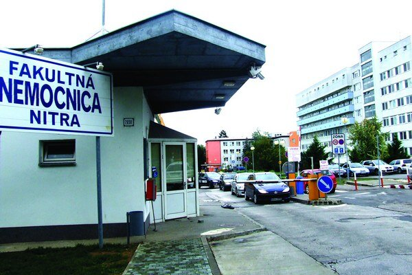 Polícia už vypočula aj personál nitrianskej nemocnice.