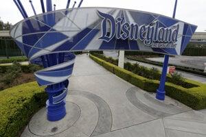 Vstup do Disneylandu v americkom meste Anaheim.