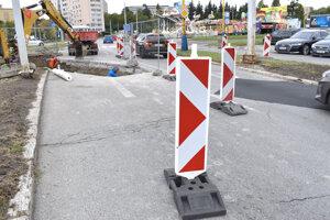 Výmena potrubia na Festivalovom námestí.