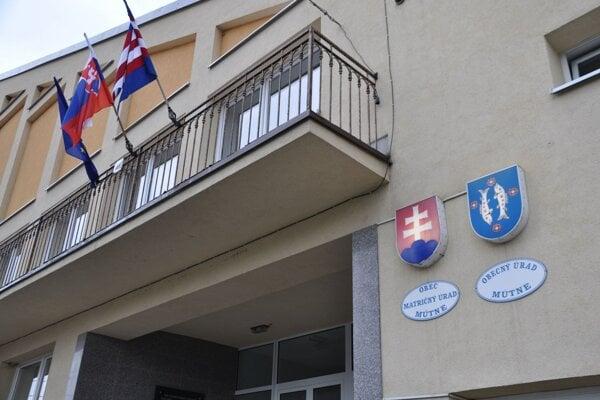Kontrola na obecnom úrade v Mútnom trvala viac ako pol roka.