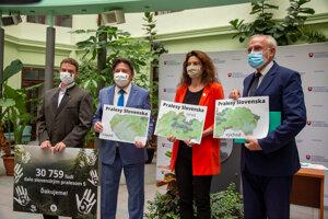 Prírodnú rezerváciu podporujú aj ministri.