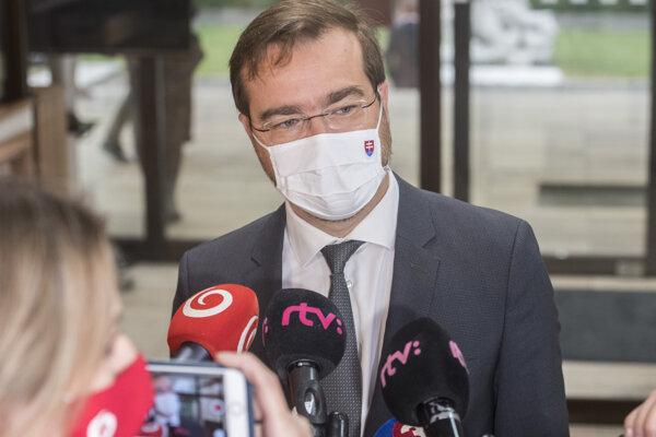 Minister zdravotníctva Marek Krajčí (OĽANO).
