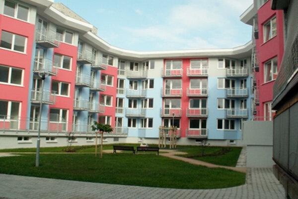 Byty na J. G. Tajovského ulici, ktoré sú taktiež poskytované Mestom Trnava.