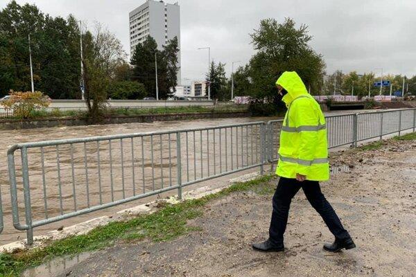 Mesto situáciu monitoruje.
