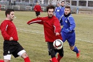 Jeden z gólov Nitry strelil Patrik Kemláge (vpravo, v modrom).