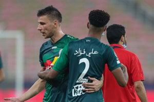 Filip Kiss sa raduje z gólu v drese Al-Ettifaq.