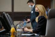 Prezidentka Zuzana Čaputová na rokovaní bezpečnostnej rady.