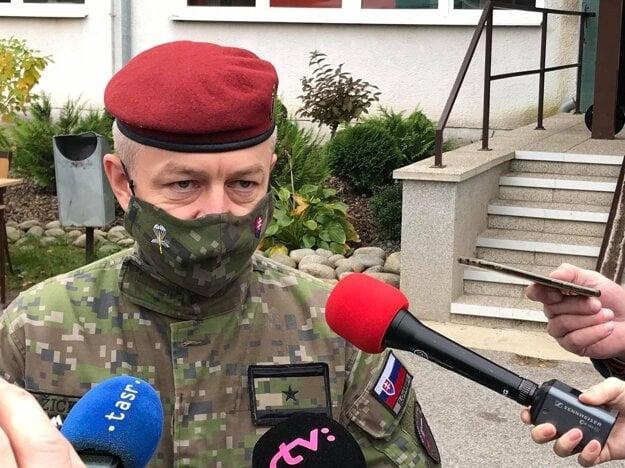 Mario Pažický z nadrezortného komunikačného centra.