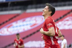 Robert Lewandowski (Bayern Mníchov) po strelení gólu.