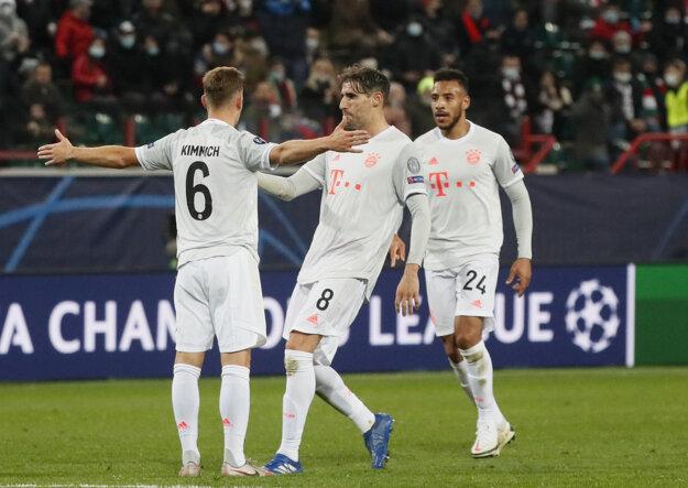 Oslavné gesto Joshuu Kimmicha po strelení víťazného gólu.