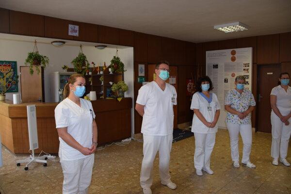 Lekári v Martine pracujú v plnom nasadení.