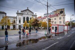 Testovanie pri Starej Tržnici v Bratislave.