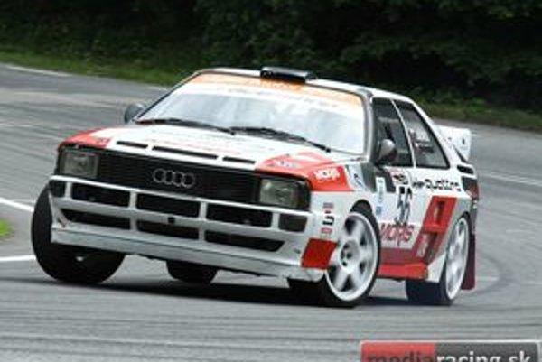 """""""Dodi"""" Béreš osedlal otcove Audi a ukázal na kopci, kto je pánom volantu. Jeho prejazdy robili radosť divákom a udivovali časomeračov."""