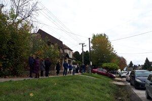 Situácia na Seredsej ulici v Modranke.