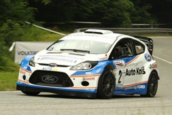 Martin Koiš ide do Dobšinej s cieľom poraziť konkurenčné plechové autá avšak najmä testovať nové auto.