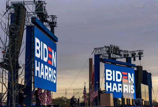Kandidát Joe Biden čaká na výsledky vo Wilmingtone