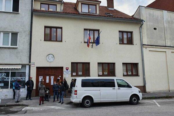 Sídlo cudzineckej polície na Paulínskej ulici v centre Trnavy.