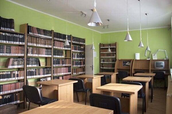 Štátna vedecká knižnica v Prešove.