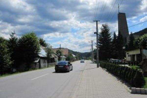 Po otvorení spojnice medzi Novou Bystricou a Oravskou Lesnou prechádza cez Bystrickú dolinu čoraz viac áut.