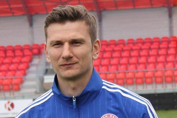 Dušan Molčan využíva brankárske skúsenosti aj po hráčskej kariére.