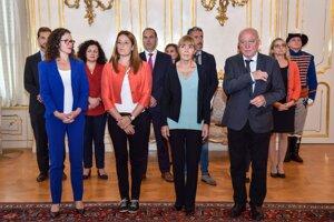Zľava v popredí holandská europoslankyňa Sophie Int'veltová,  maltská europoslankyňa Roberta Metsolová, rumunská europoslankyňa Monica Macoveiová a  rakúsky europoslanec Josef Weidenholzer počas prijatia delegácie europoslancov - Výboru Európskeho parlamentu pre občianske slobody v Prezidentskom paláci v Bratislave 17. septembra 2018.