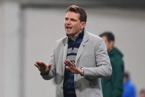 Tréner Slovenska Štefan Tarkovič v zápase proti Česku.