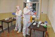 Antigénne testy odhalili tisíce infikovaných.