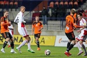 Matúš Opatovský (vpravo) v drese ligového AS Trenčín.
