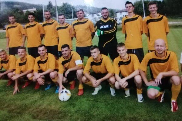 Mužstvo FK Lodno.