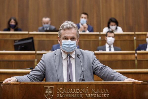 Poslanec NR SR Ondrej Dostál (SaS).