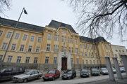 Budova Krajského súdu v Trenčíne.