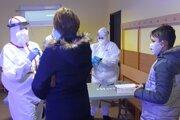 Testovanie žiakov a rodičov v Mútnom.