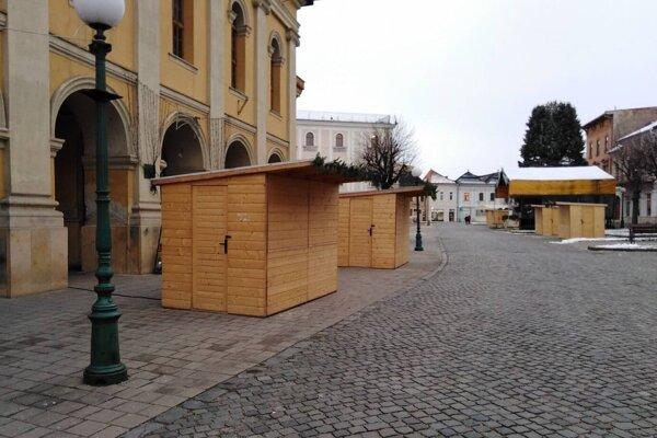 Centrum Kežmarku zaplnia stánky.