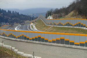 Novootvorený úsek diaľnice D3 Čadca, Bukov - Svrčinovec.