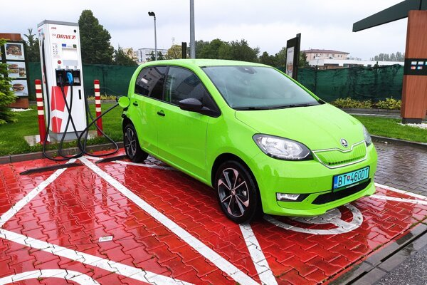 Vďaka lákavej cene s dotáciou sa Škoda Citigo-e iV stala najpredávanejším elektromobilom na Slovensku.