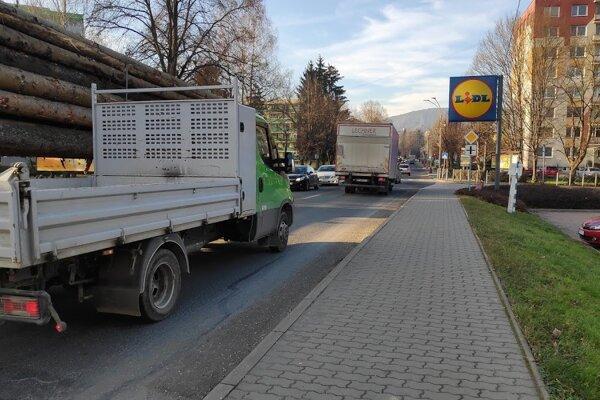 Takúto podobu má súčasná dopravná situácia v Kysuckom Novom Meste.