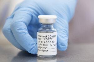 Očkovacia látka vyvinutá Oxfordskou univerzitou a spoločnosťou AstraZeneca.
