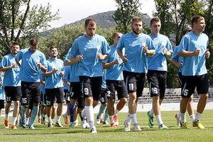 Na prvom tréningu sa hlásilo 31 hráčov. Z nich 26 trénovalo, piati nemohli pre zdravotné problémy.