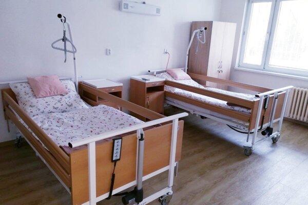 Kapacita izieb je 12 lôžok pri fungovaní ZOS a osem lôžok v prípade využitia ako karanténneho centra.