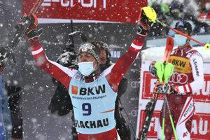 Manuel Feller vyhral slalom vo Flachau 2021.