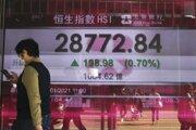 Oznamovacia tabuľa Hongkongskej burzy.