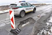 Prekážka na ceste niektorých vodičov prekvapí.