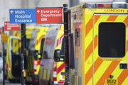 Lockdown zaviedli, až keď boli nemocnice pod tlakom.