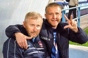 Úsmevy rozdávali vionisti, tešili sa aj narodeninoví oslávenci - tréner brankárov Patrik Brezina (38 rokov) a masér Ján Andraško (49 rokov).