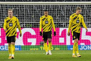 Smutní futbalisti Borussie Dortmund.