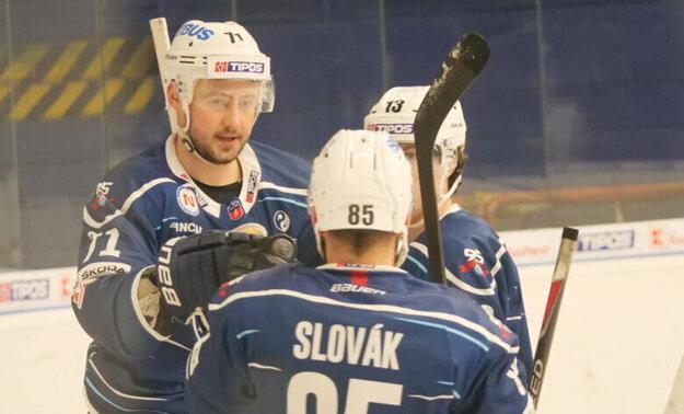 """Marek Tvrdoň (71) v nedeľu zaznamenal dva góly a dve asistencie. """"Prebodoval"""" sa na druhé miesto extraligovej produktivity."""